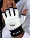 دستکش تکواندو کوان kwon